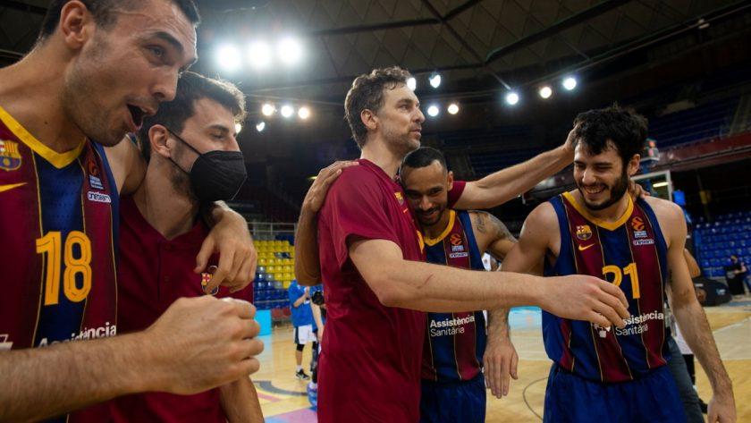 fc-barcelona-celebrates-eb20